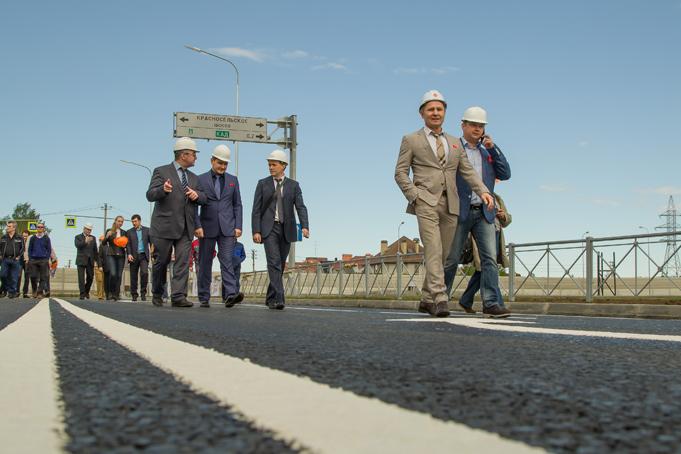 Торжественное завершение строительства первого этапа Питерского проспекта в пос. Новоселье фото 16
