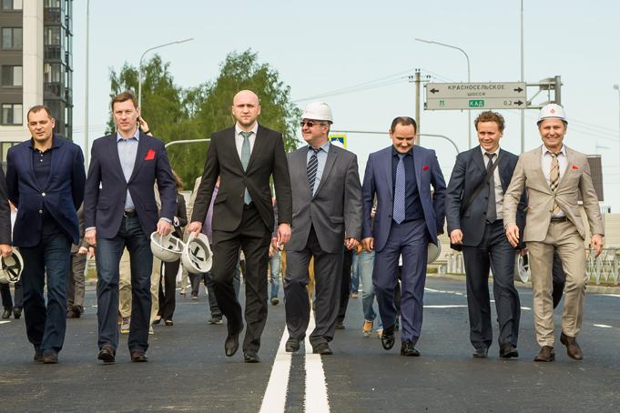 Торжественное завершение строительства первого этапа Питерского проспекта в пос. Новоселье фото 4