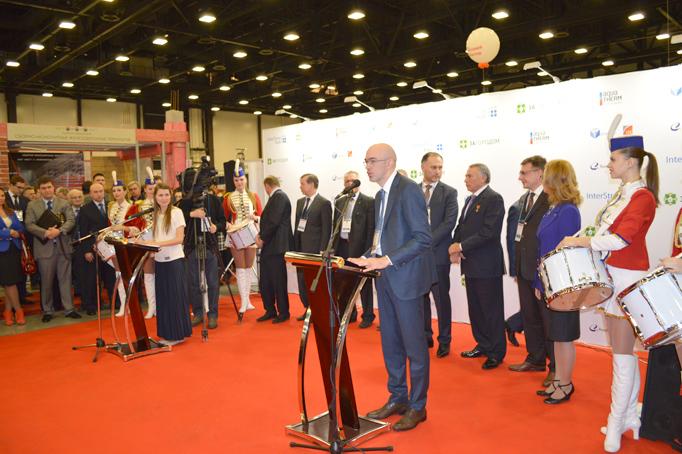 Подписание соглашения о добросовестной работе между застройщиками и Правительством Санкт-Петербурга фото 32