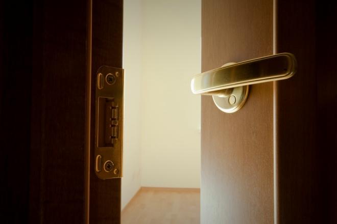 Отделка квартир — всё готово к моменту выдачи ключей - Строительный трест - фото №9