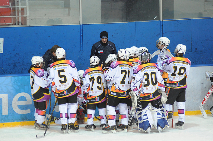 «Строительный трест» поддерживает хоккей Ленинградской области - Строительный трест - фото №1