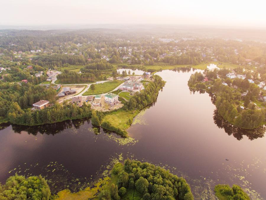 ход строительства жилого комплекса Озёрный край за Август 2016 год  - Строительный трест