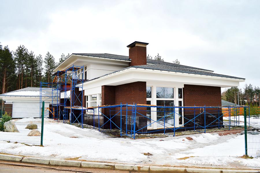 ход строительства жилого комплекса Озёрный край за Март 2017 год  - Строительный трест